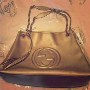 💯 AUTHENTIC LIKE NEW Gold Gucci Soho Hobo Purse